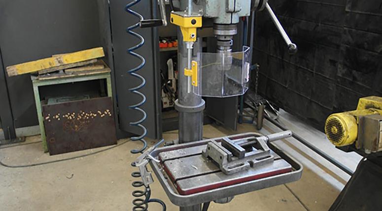 CE-ESTER - Beschermkap kolomboormachine - Veiligheid