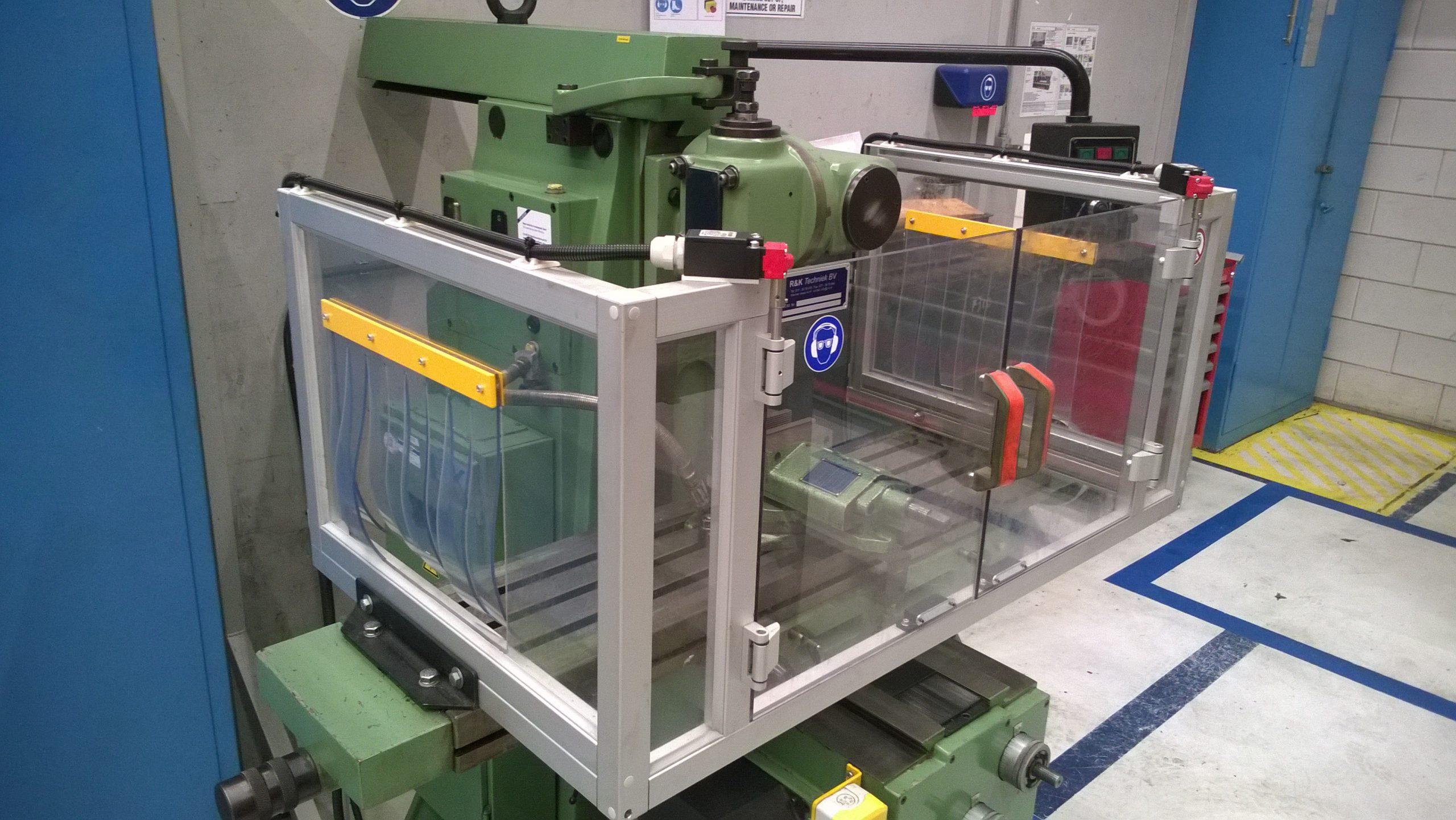CE-ESTER - Beschermkappen - Machine